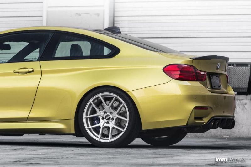 BMW-F82-M4-On-VMR-Flow-Formed-803-Wheels-5