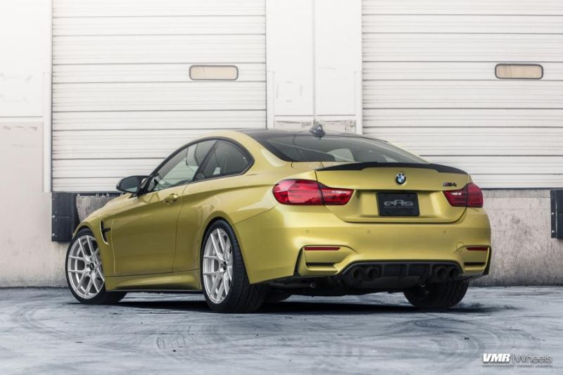 BMW-F82-M4-On-VMR-Flow-Formed-803-Wheels-6