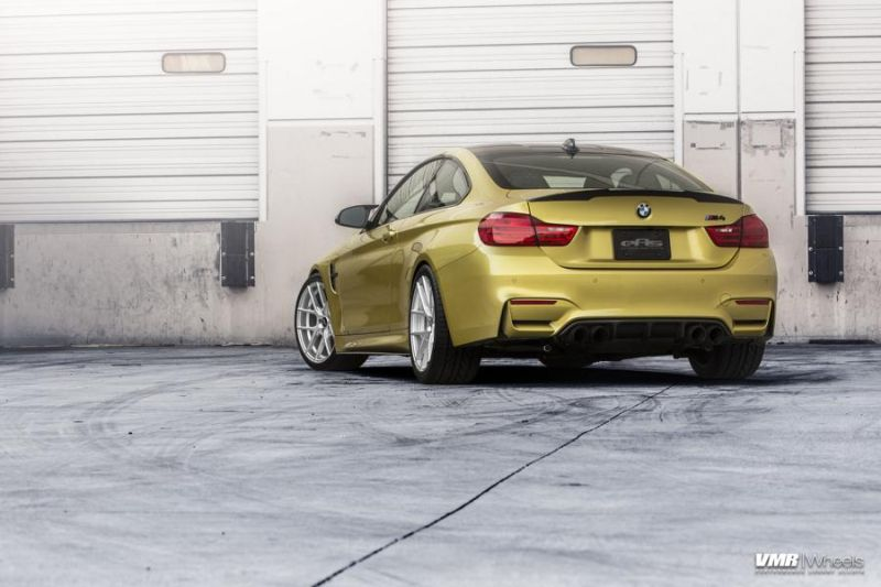 BMW-F82-M4-On-VMR-Flow-Formed-803-Wheels-7