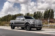 Exclusive Motoring Ford F150 Platinum On 22 Fuel Offroad 2 190x127 Ford F 150 (F150) mit 22 Zoll Offroad Wheels by EM
