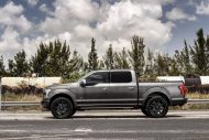 Exclusive Motoring Ford F150 Platinum On 22 Fuel Offroad 6 190x127 Ford F 150 (F150) mit 22 Zoll Offroad Wheels by EM