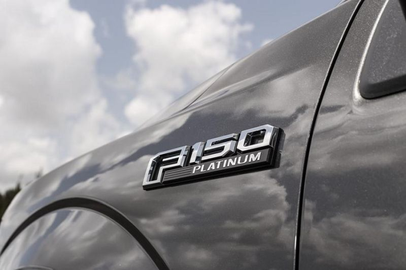 Exclusive-Motoring-Ford-F150-Platinum-On-22-Fuel-Offroad-9