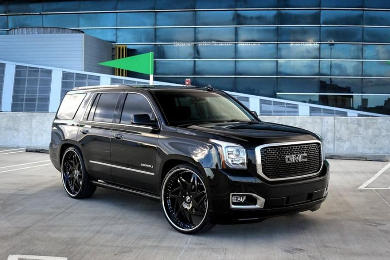 Exclusive-Motoring-GMC-Yukon-Denali-On-28-3