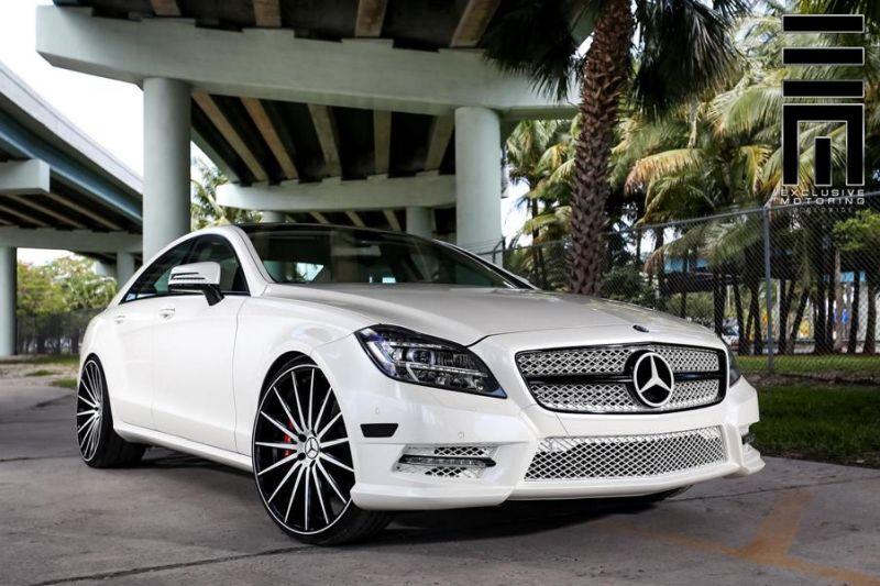Mercedes-Benz-CLS-On-VFS2-By-Vossen-Wheels-2