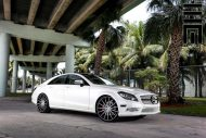 Mercedes Benz CLS On VFS2 By Vossen Wheels 3 190x127 Exclusive Motoring   Mercedes CLS mit VFS2 Vossen Wheels