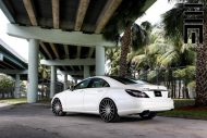 Mercedes Benz CLS On VFS2 By Vossen Wheels 5 190x127 Exclusive Motoring   Mercedes CLS mit VFS2 Vossen Wheels