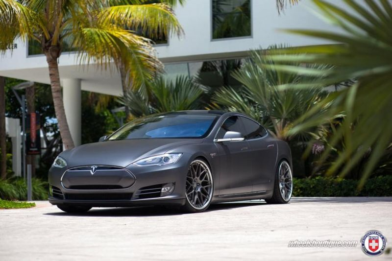 Tesla Model S P85 On HRE RS100 By HRE Wheels 2 22 Zoll HRE RS100 Alufelgen am Tesla Model S P85