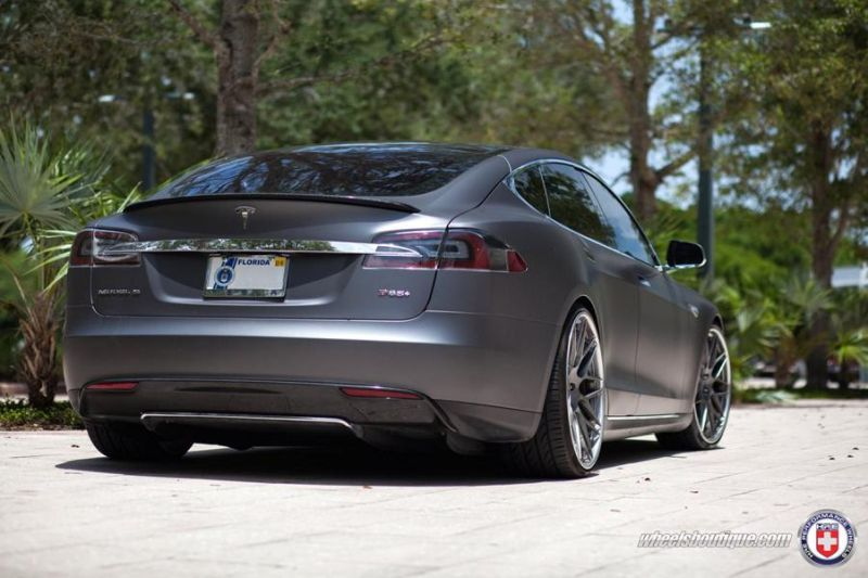 Tesla-Model-S-P85-On-HRE-RS100-By-HRE-Wheels-6