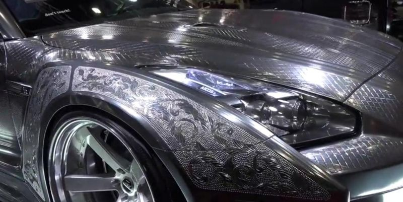 nissan-gt-r-with-engraved-silver-body-by-6