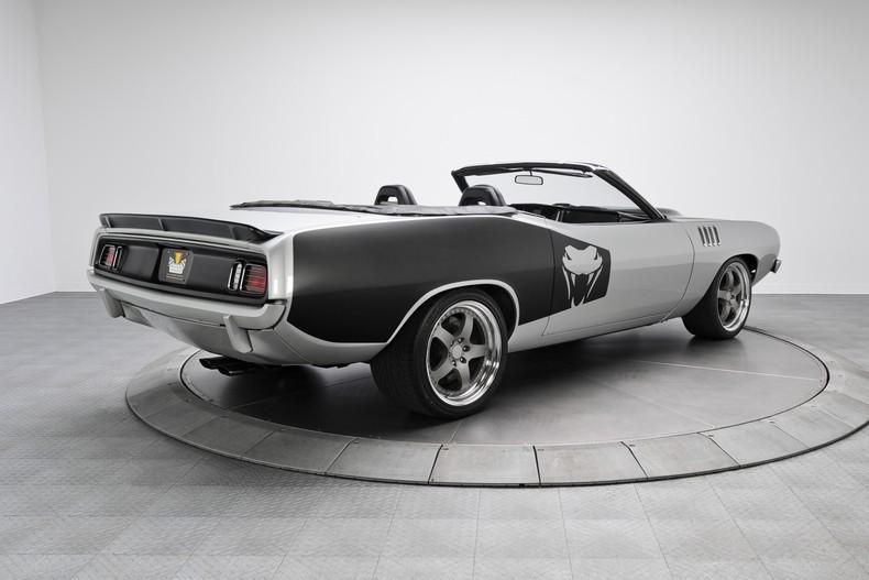 plymouth-cuda-with-a-viper-chassis-and-v10-2