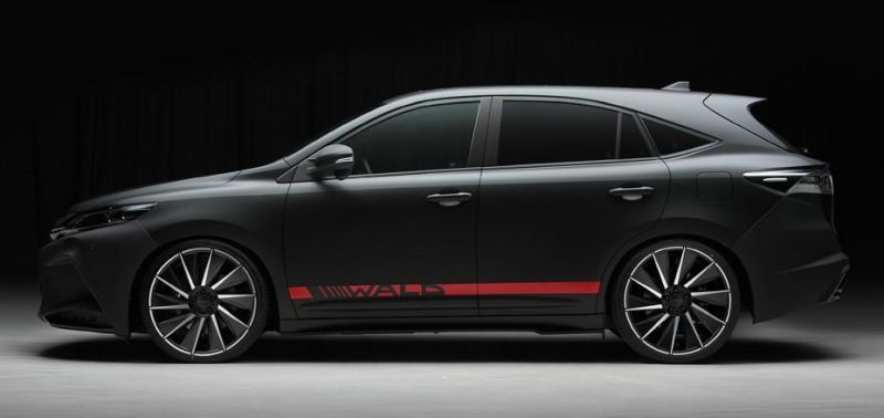 toyota-harrier-by-wald-international-has-the-black-bison-16