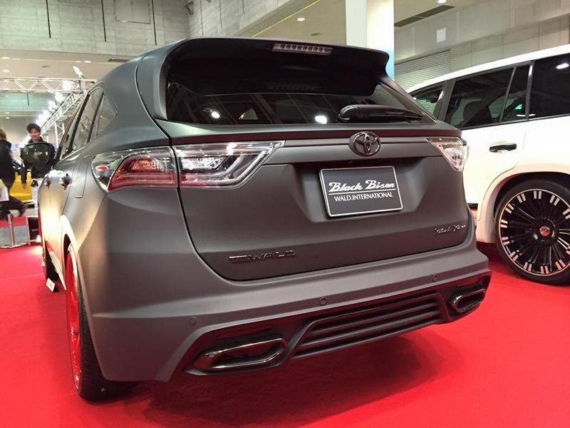 toyota-harrier-by-wald-international-has-the-black-bison-2