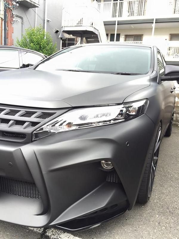 toyota-harrier-by-wald-international-has-the-black-bison-3