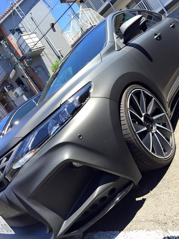toyota-harrier-by-wald-international-has-the-black-bison-4