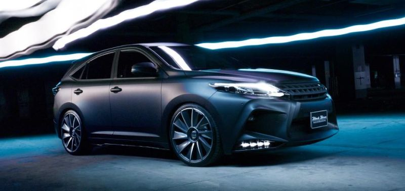 toyota-harrier-by-wald-international-has-the-black-bison-7