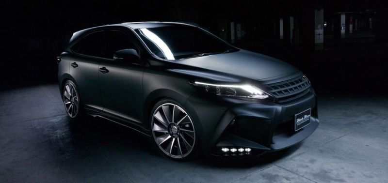 toyota-harrier-by-wald-international-has-the-black-bison-8