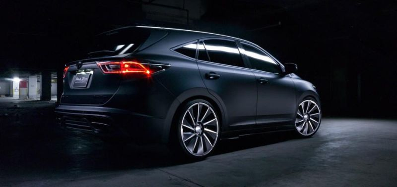 toyota-harrier-by-wald-international-has-the-black-bison-9