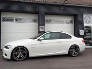 11828805 778281805615618 137148646849748171 n 190x143 TVW Car Design Tuning am BMW E92 Coupe in Weiß