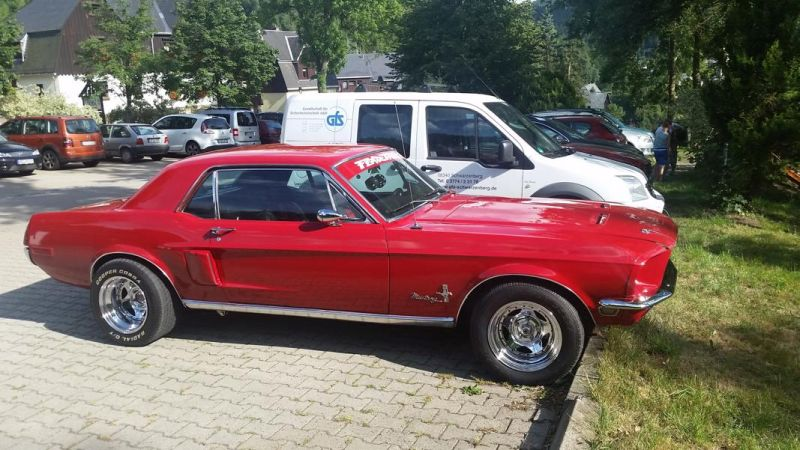 20150804 170408 Schnappschuss: roter Ford Mustang I (2. Generation)