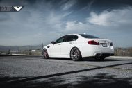 Alpine White BMW F10 M5 With Vorsteiner Flow Forged V FF 103 Wheels 3 190x127 21 Zoll Vorsteiner V FF 103 Alu´s am BMW M5 F10