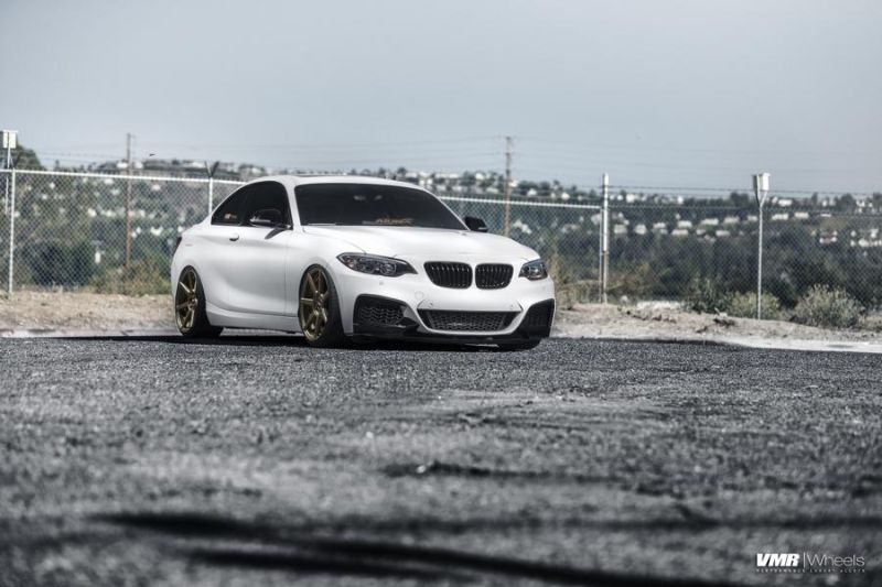 Alpine White BMW F22 2 Series Coupe On V706 Titan Bronze Wheels 1 Kompakter Sportler   BMW F22 M235i auf VMR Wheels