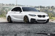 Alpine White BMW F22 2 Series Coupe On V706 Titan Bronze Wheels 3 190x126 Kompakter Sportler   BMW F22 M235i auf VMR Wheels