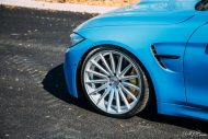 BMW F82 M4 On Vossen Wheels Photoshoot 11 190x127 Yas Marina blauer BMW M4 F82 auf VFS2 Vossen Wheels