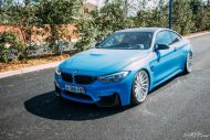 BMW F82 M4 On Vossen Wheels Photoshoot 12 190x127 Yas Marina blauer BMW M4 F82 auf VFS2 Vossen Wheels