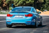 BMW F82 M4 On Vossen Wheels Photoshoot 2 190x127 Yas Marina blauer BMW M4 F82 auf VFS2 Vossen Wheels