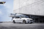 BMW M4 With Vorsteiner Aero And Wheels 5 190x127 Vorsteiner Parts am BMW M4 F82 in Alpine Weiß