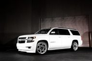 Exclusive Motoring Chevrolet Suburban By Dub wheels 4 190x127 Chevrolet Suburban mit 24 Zoll DUB Wheels by EM