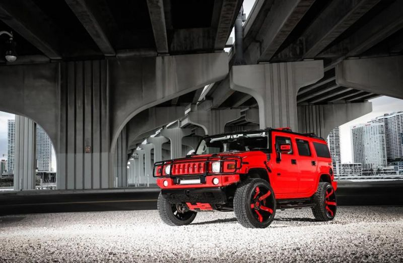 Exclusive-Motoring-Hummer-H2-on-KMC-Rockstar-wheels-3