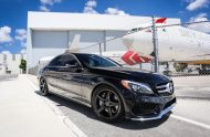 Exclusive Motoring Mercedes Benz C300 by OEM wheels 01 190x124 Exclusive Motoring   Tuning am Mercedes Benz C300