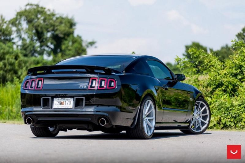Ford-Mustang-On-Vossen-VFS1-By-Vossen-Wheels-013