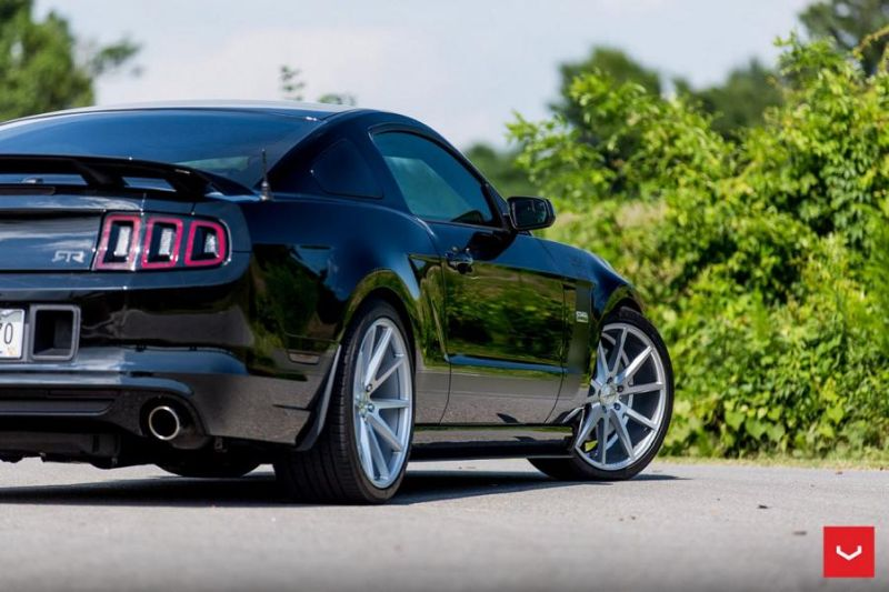 Ford Mustang On Vossen VFS1 By Vossen Wheels 015 Vossen Wheels VFS1 (VFS 1) am 2015er Ford Mustang