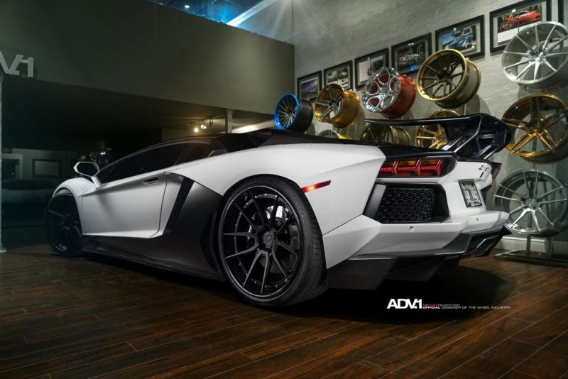 Lamborghini-Aventador-On-ADV5.0-Track-Spec-By-ADV.1-Wheels-06