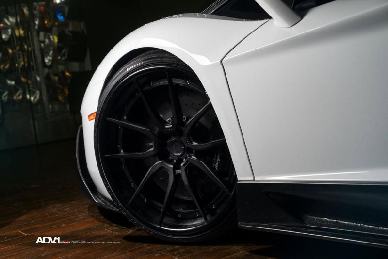 Lamborghini-Aventador-On-ADV5.0-Track-Spec-By-ADV.1-Wheels-07