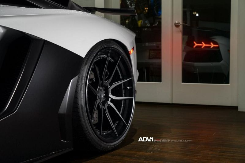 Lamborghini-Aventador-On-ADV5.0-Track-Spec-By-ADV.1-Wheels-09