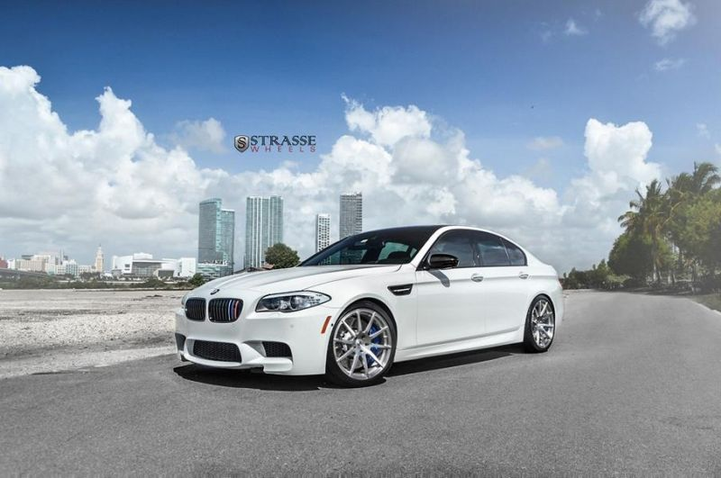 bmw f10 m5 1 tuning new 1 BMW F10 M5 V8 mit 20 Zoll Strasse R10 Wheels