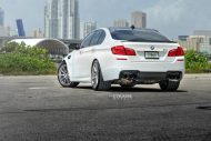 bmw f10 m5 1 tuning new 11 190x127 BMW F10 M5 V8 mit 20 Zoll Strasse R10 Wheels
