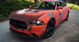 dodge charger gets rusted general lee wrap in sweden 3 310x165 General Lee is Back   Dodge Charger mit Klassiker Folierung