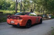 dodge charger gets rusted general lee wrap in sweden 5 190x126 General Lee is Back   Dodge Charger mit Klassiker Folierung