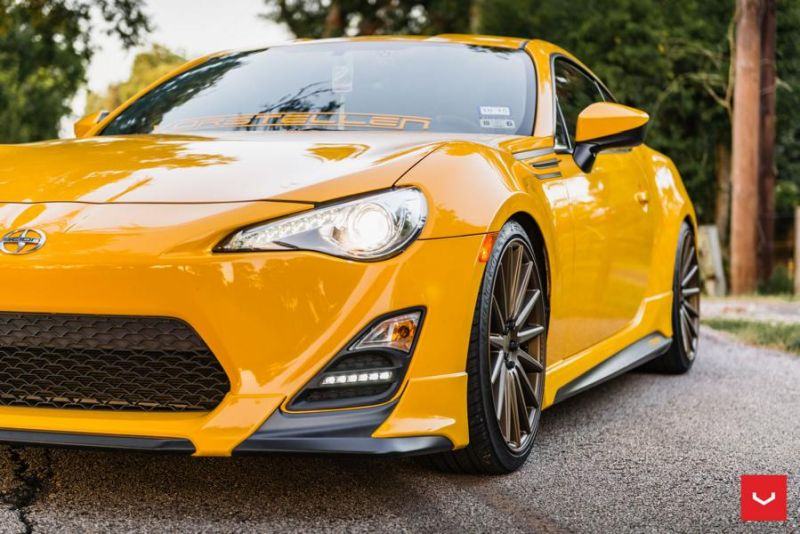 killer scion fr s with trd kit gets bronze vossen wheels 1 Vossen Wheels VFS 2 (VFS2) am Scion FR S in Knallgelb