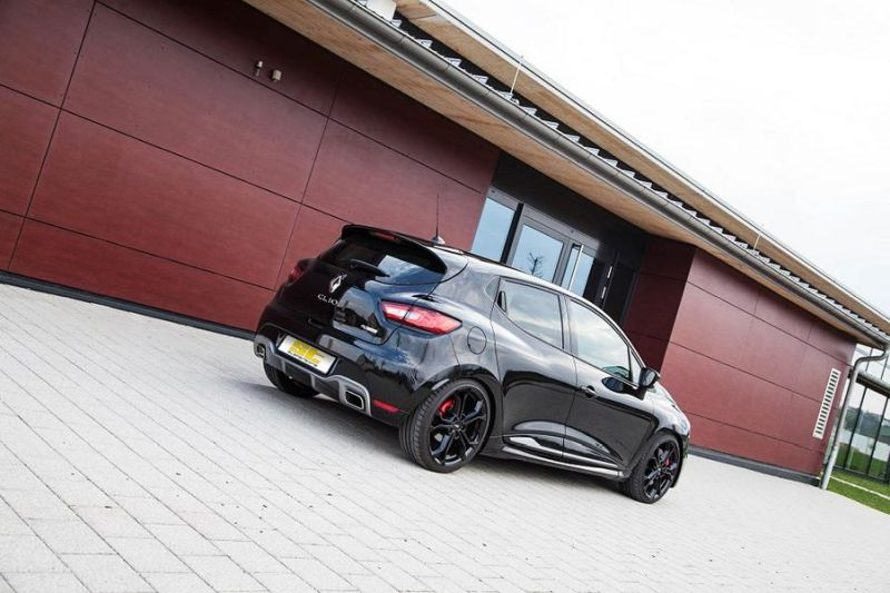 low_ST_Renault_Clio_4_RS_01-4