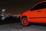 matte orange Cadillac Escalade tuning car 3 190x127 Knalliges Orange & Forgiato´s am Cadillac Escalade