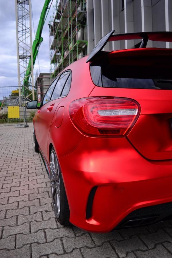 mercedes-benz-a45-amg-gets-wrapped-folienexperte-3