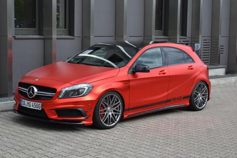 mercedes-benz-a45-amg-gets-wrapped-folienexperte-4