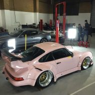 rwb building a porsche 911 tribute to 917 20 pink 11 190x190 Porsche 911 (964) Tuning by RAUH Welt mit 917/20 Optik