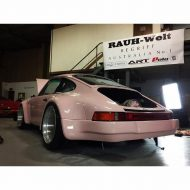 rwb building a porsche 911 tribute to 917 20 pink 2 190x190 Porsche 911 (964) Tuning by RAUH Welt mit 917/20 Optik