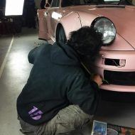 rwb building a porsche 911 tribute to 917 20 pink 7 190x190 Porsche 911 (964) Tuning by RAUH Welt mit 917/20 Optik